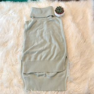 BANANA REPUBLIC MINT HI-LO SLEEVELESS SWEATER